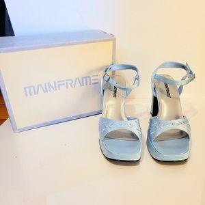899290f3fc44 Mainframe Shoes on Poshmark